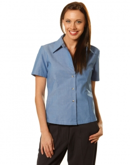 BS05 Wrinkle free Chambray SS Shirt Larger Ladies