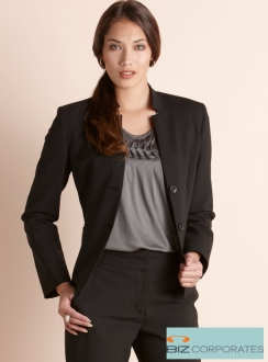 Comfort Wool Short Jacket with Reverse Lapel
