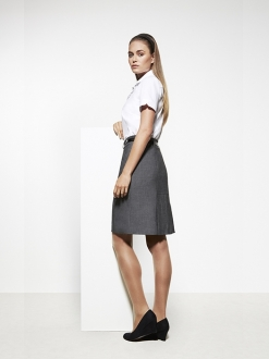 Como Ladies Feature Pleat Skirt