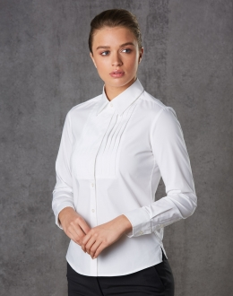 M8192 Womens Stretch Tuck Front Shirt